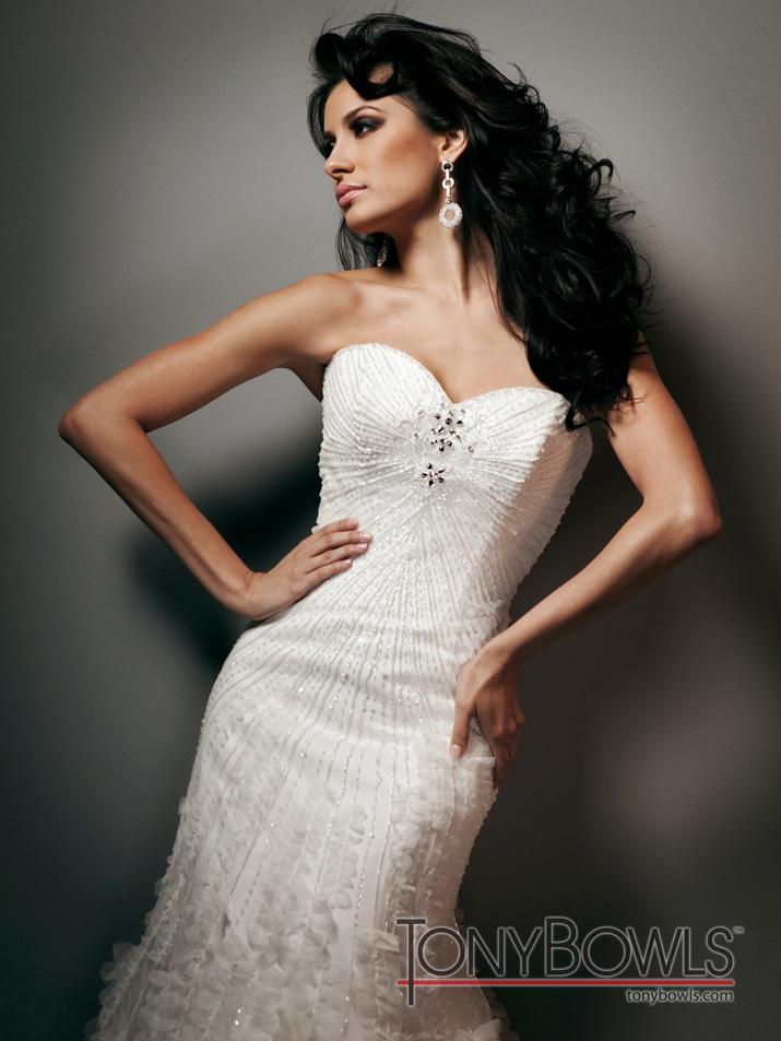 Wedding-dress-fall-2012-tony-bowls-for-mon-cheri-bridal-gowns-t212272-crp.full
