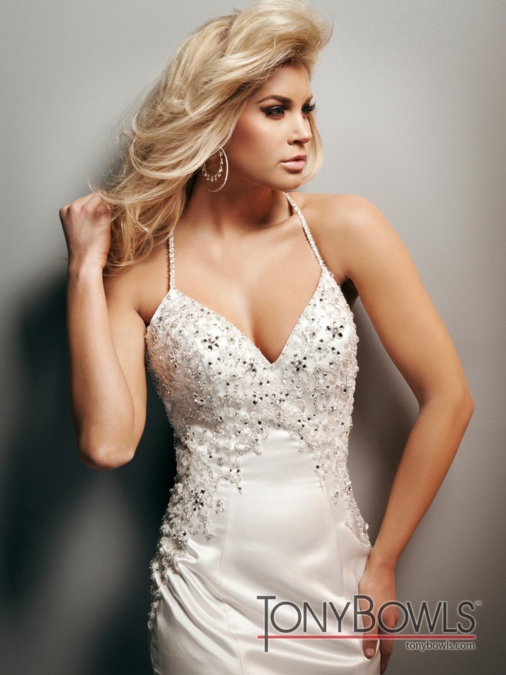 Wedding-dress-fall-2012-tony-bowls-for-mon-cheri-bridal-gowns-t212269-crp.full