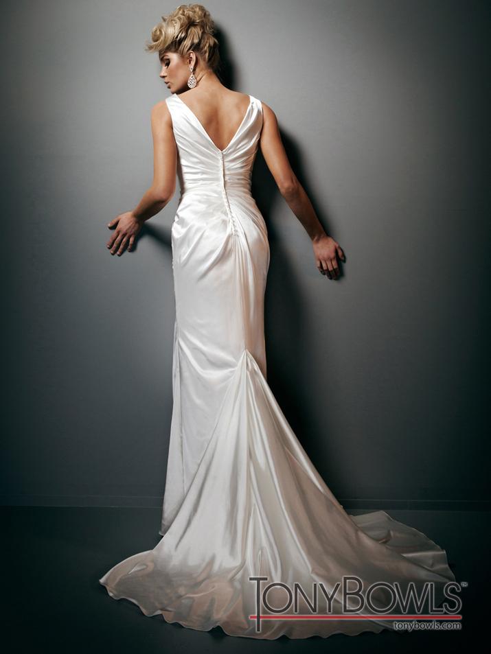 Wedding-dress-fall-2012-tony-bowls-for-mon-cheri-bridal-gowns-t212268-back.full