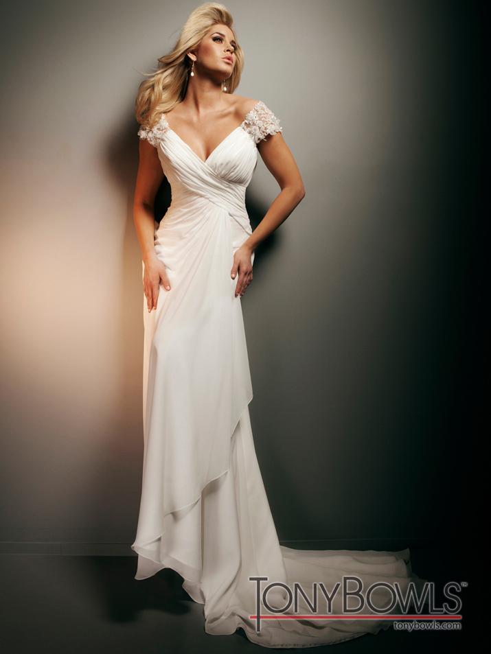 Wedding-dress-fall-2012-tony-bowls-for-mon-cheri-bridal-gowns-t212267.full