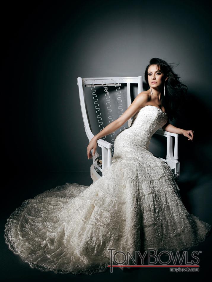 Wedding-dress-fall-2012-tony-bowls-for-mon-cheri-bridal-gowns-t212265-alt.full