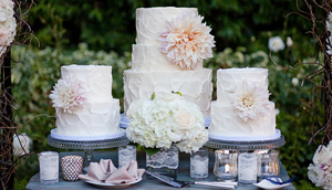 photo of Drool-Worthy Wedding Cakes with Sugary Sweet Blooms