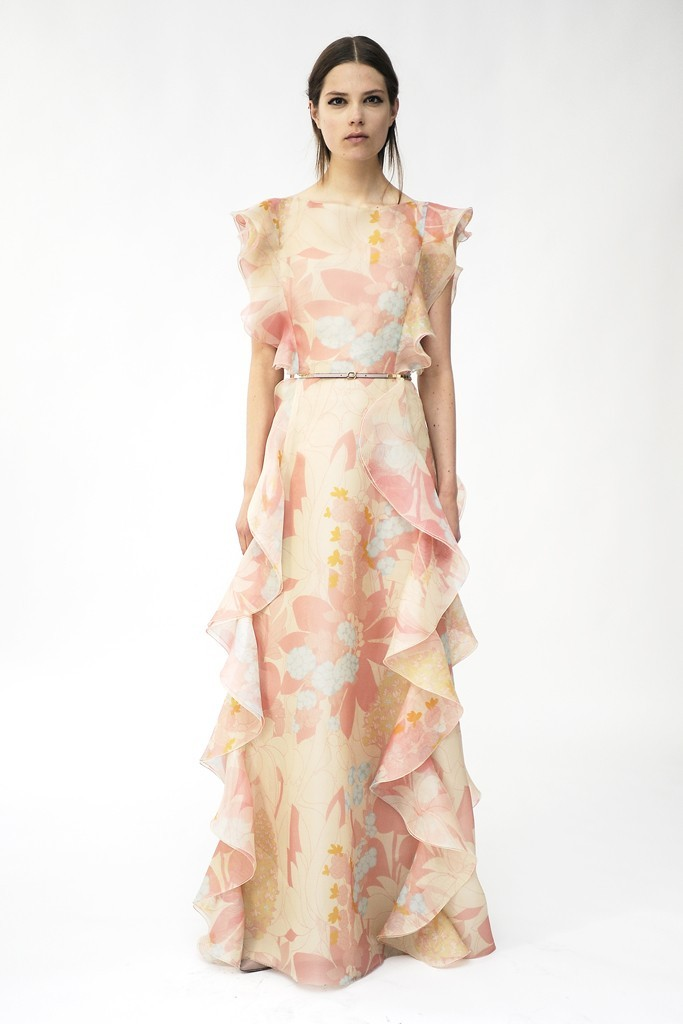 Floral-printed-wedding-dress-by-valentino-1.full