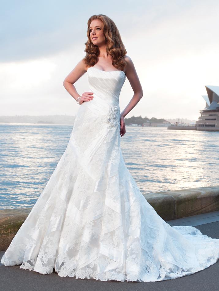Wedding-dress-fall-2012-sophia-tolli-for-mon-cheri-bridal_gown-y21253-nautica.full