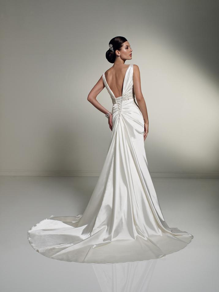 Wedding-dress-fall-2012-sophia-tolli-for-mon-cheri-bridal_gown-y21249-tiffany-back.full