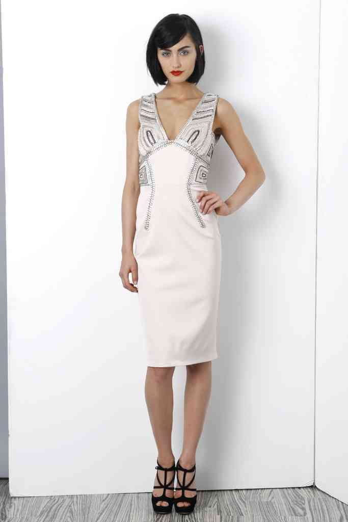 Sophisticated-lwd-for-wedding-reception-by-lela-rose.full