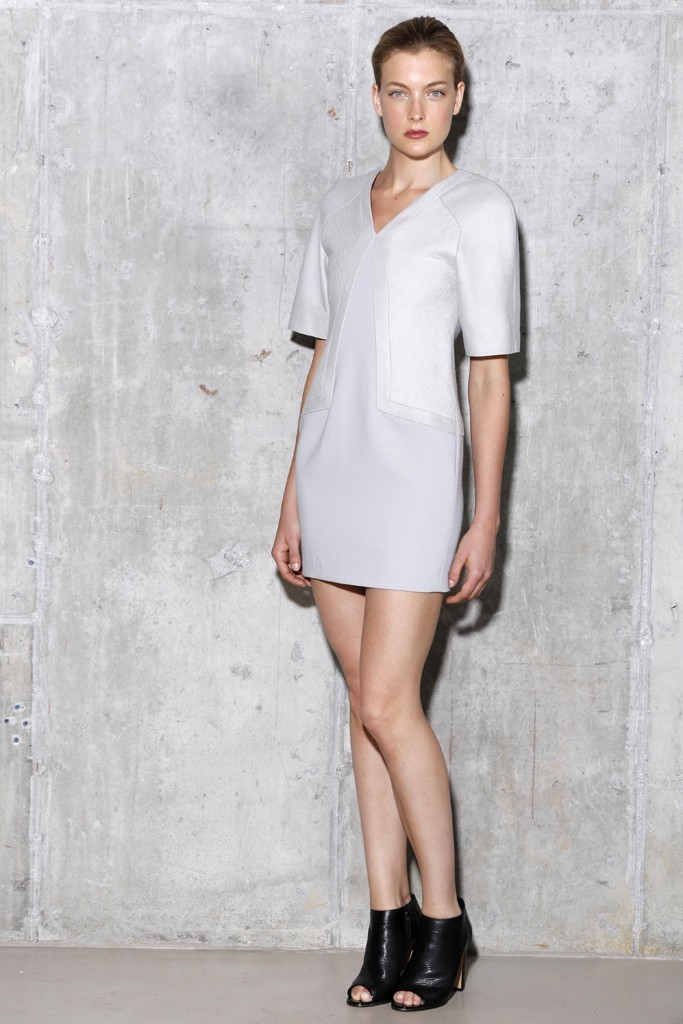 V-neck-lwd-for-wedding-reception-with-sleeves-by-jason-wu.full