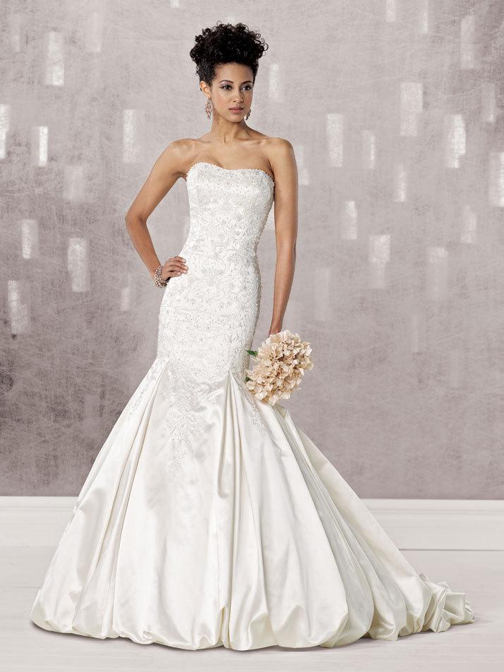 Bridal-gown-fall-2012-kathy-ireland-for-mon-cheri-wedding-dress-231241.full