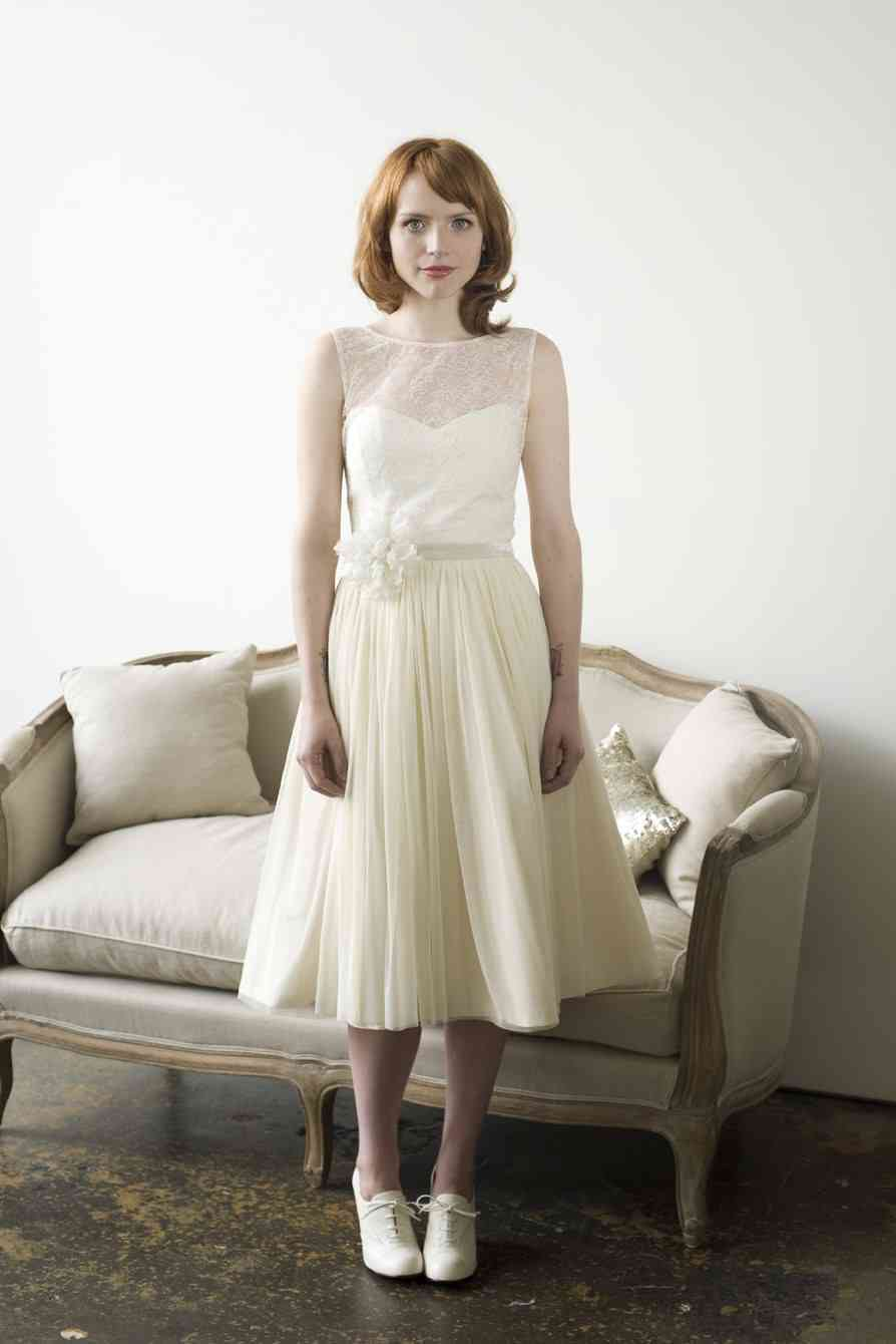 Tea-length-wedding-dress-vintage-inspired-accordian-pleats.full