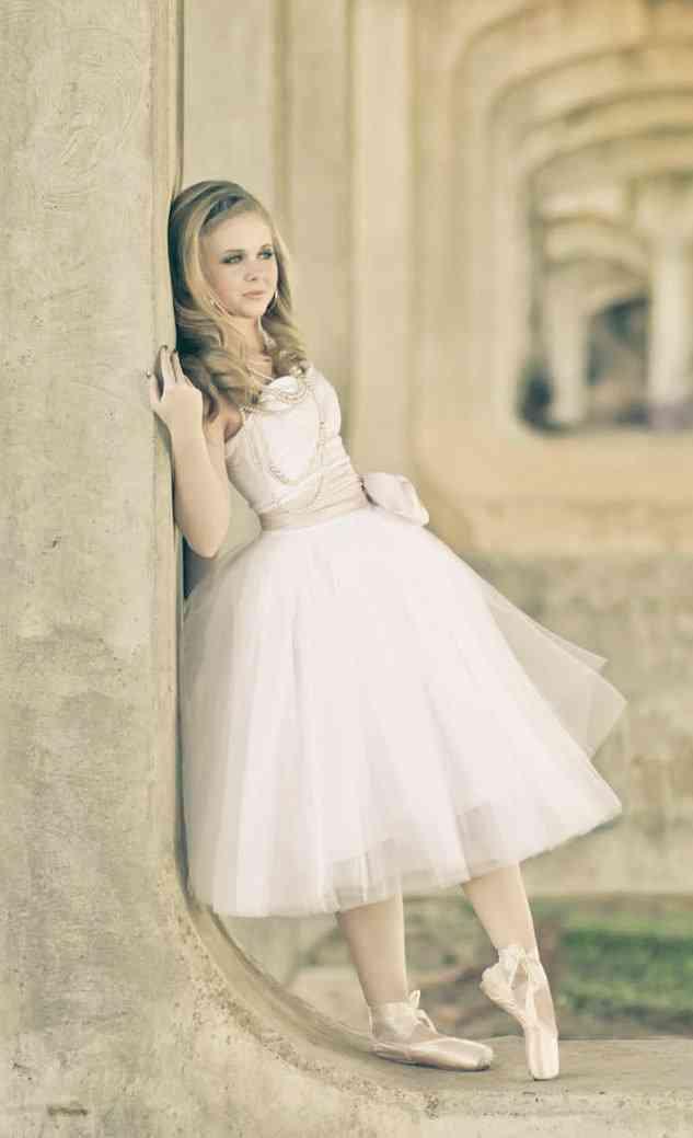 ballerina bride wedding dress tulle with sash. Black Bedroom Furniture Sets. Home Design Ideas