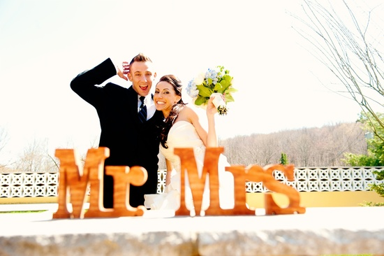 elegant real wedding with simple DIY details bride groom Mr Mrs sign
