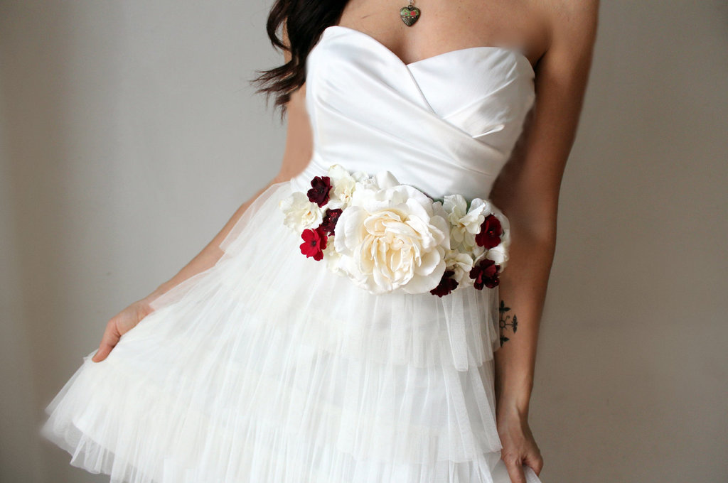 Wedding-dress-sash-with-ivory-red-flowers.full