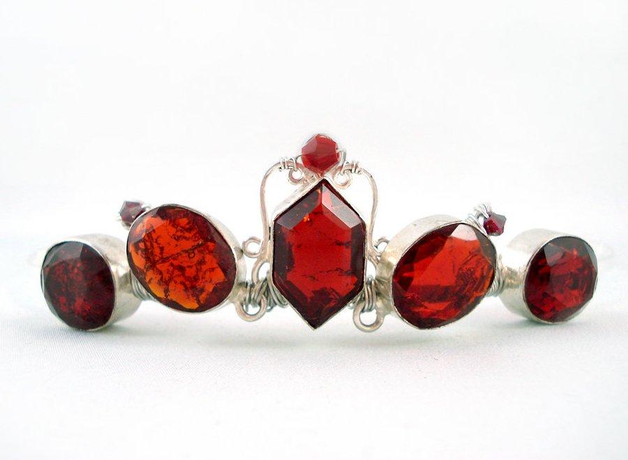 Garnet-bridal-tiara-vintage-inspired.full