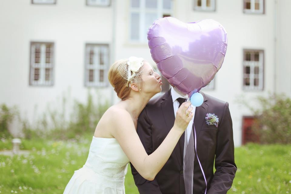 Jannie-baltzer-bride-wedding-hair-accessories.full