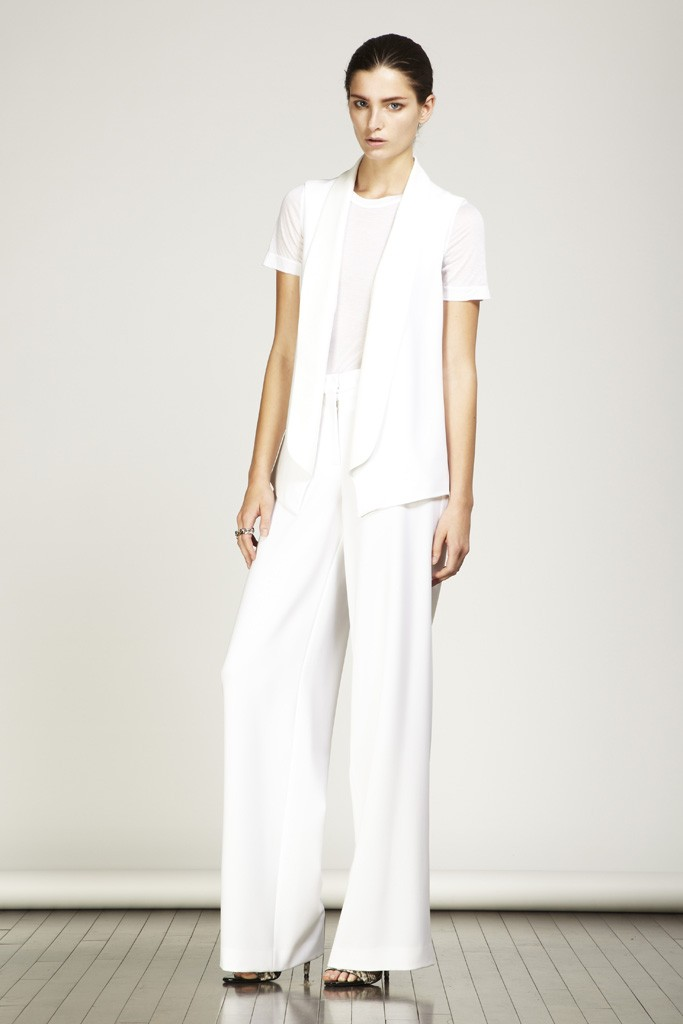 Casual White Wedding Suit For Alternative Brides