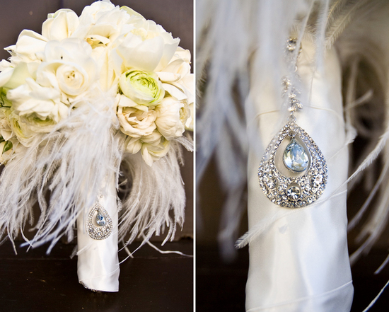 elegant ivory wedding flowers vintage bridal bouquet with feathers 1