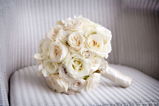 classic ivory bridal bouquet elegant wedding flowers