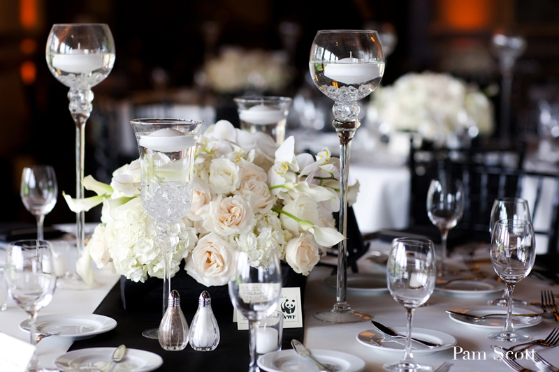 Black white wedding ivory centerpiece - Decoration table noir et blanc ...