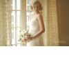Vintage-blonde-bride-with-short-wedding-hairstyle.square