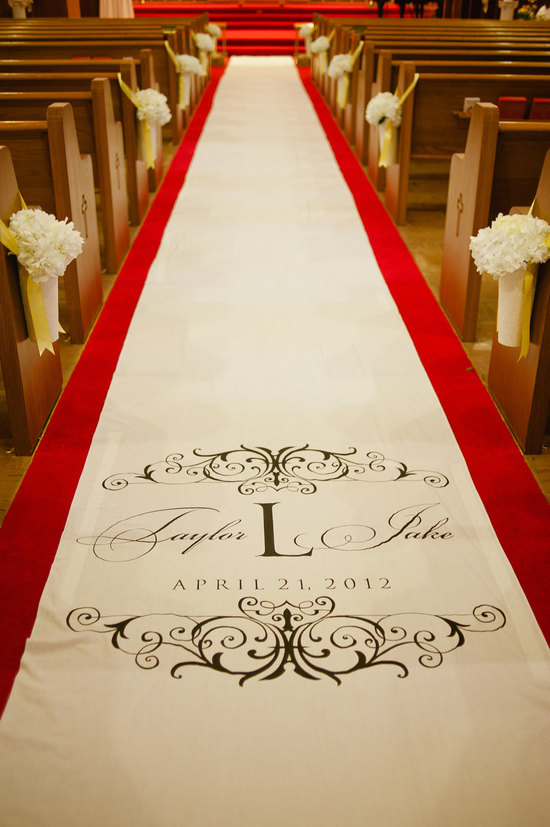 wedding ceremony aisle runner