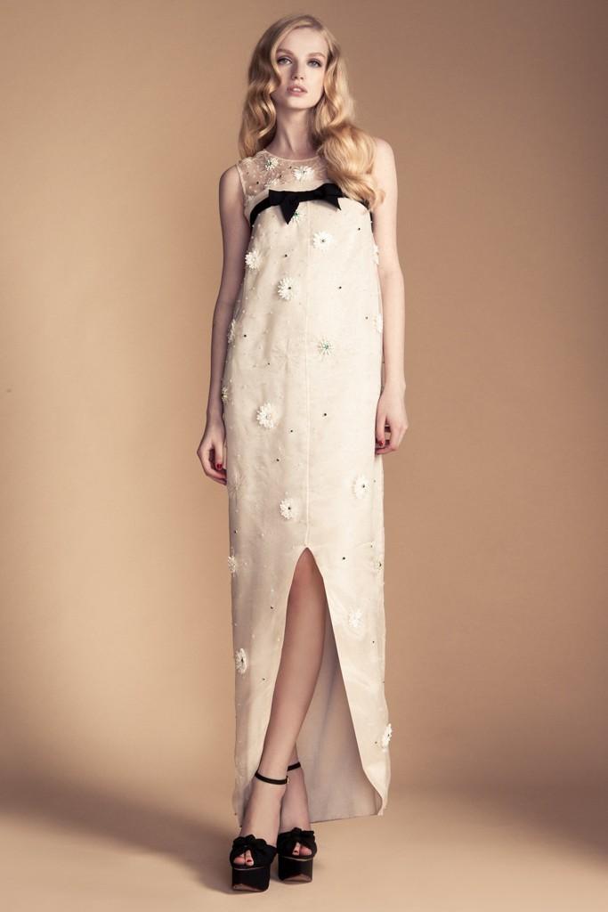 Sheath-wedding-dress-vintage-inspired-bride-black-bow.full