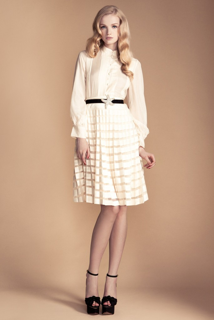 Temperley-london-little-white-wedding-dress-inspiration-sleeves-ivory-separates.full