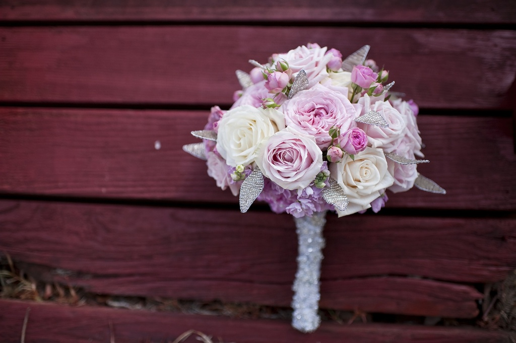 Romantic-bridal-bouquet-blush-pink-ivory-roses-with-rhinestone-touches.full