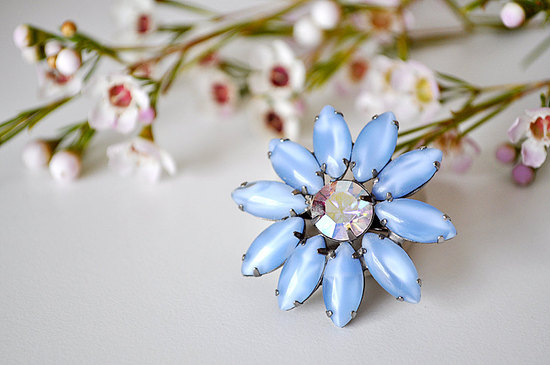 vintage wedding brooch moonstone