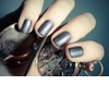 Unique-wedding-nail-art-bridal-beauty-details-shimmer-gray.square