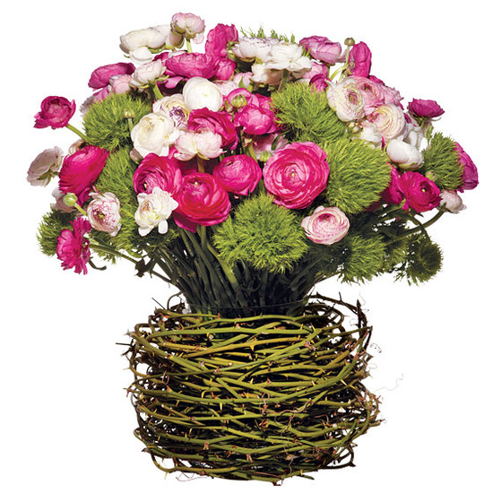 Romantic wedding centerpiece of ranunculus and david
