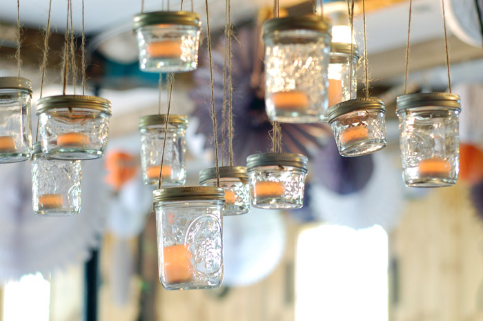 Mason-jar-chandelier-for-vintage-weddings.original