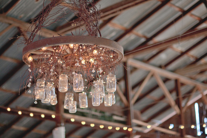 Rustic-wedding-diy-mason-jar-chandelier.full