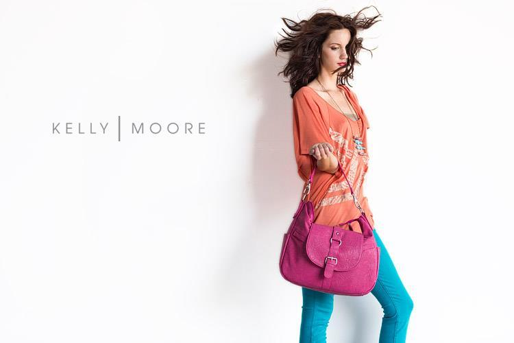 Wedding-giveaways-win-a-kelly-moore-bag-pink-2.full