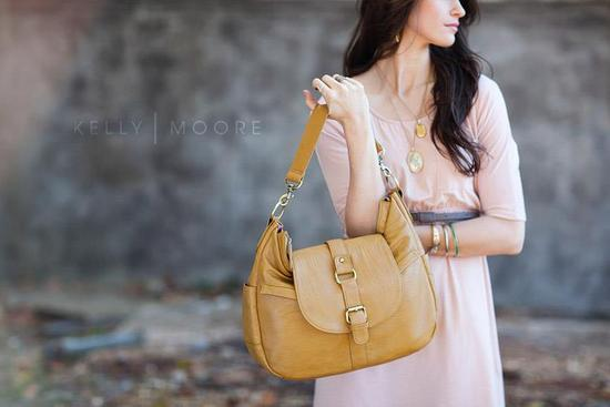 wedding giveaways win a kelly moore bag mustard