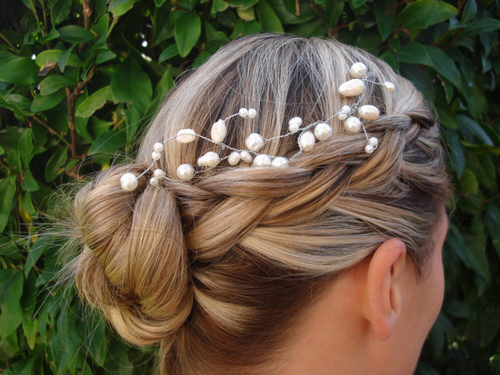 photo of Bohemian bridal hair accessory