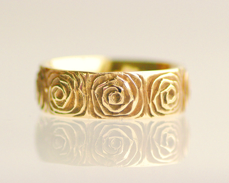 yellow gold wedding ring rose design