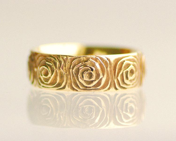 Yellow-gold-wedding-ring-rose-design.full