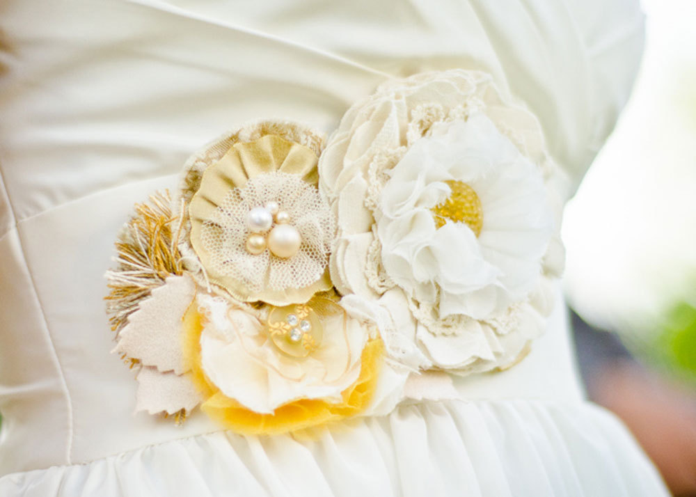 Ivory-gold-yellow-wedding-dress-sash.full