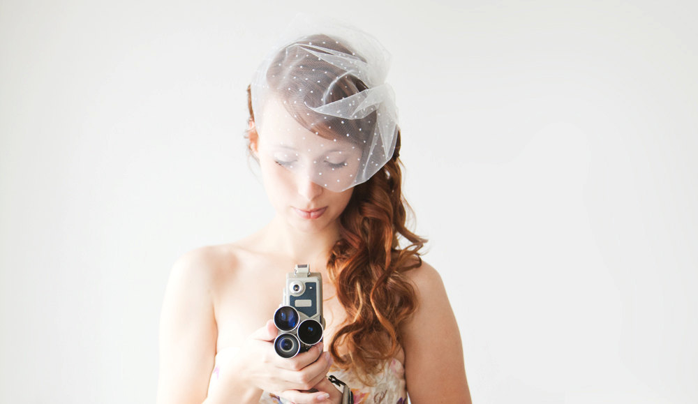 Romantic-wedding-hair-accessory-sibo-designs-bridal-hair-accessories-polka-dot-veil.full