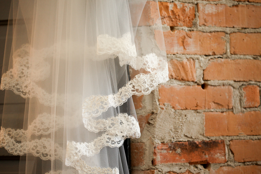 wedding style fashion trends 2013 bridal accessories drop veil 5