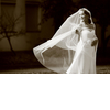Wedding-style-fashion-trends-2013-bridal-accessories-drop-veil-3.square
