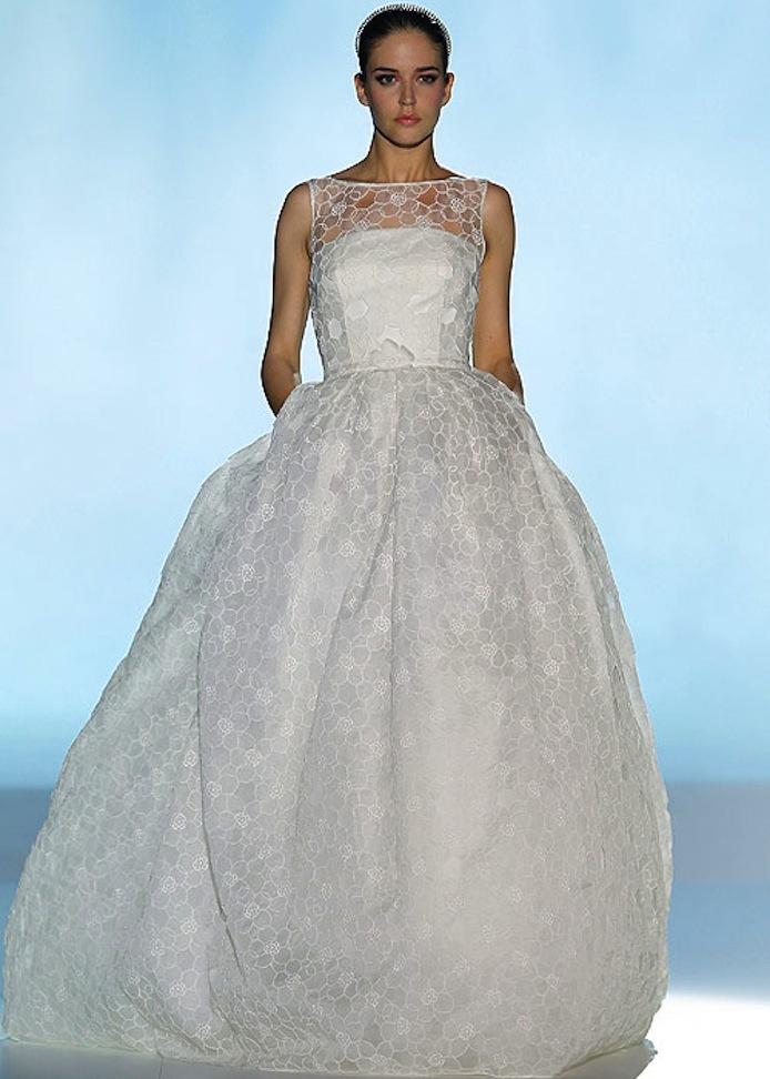 Wedding-dress-by-rosa-clara-2013-bridal-gowns-6.full