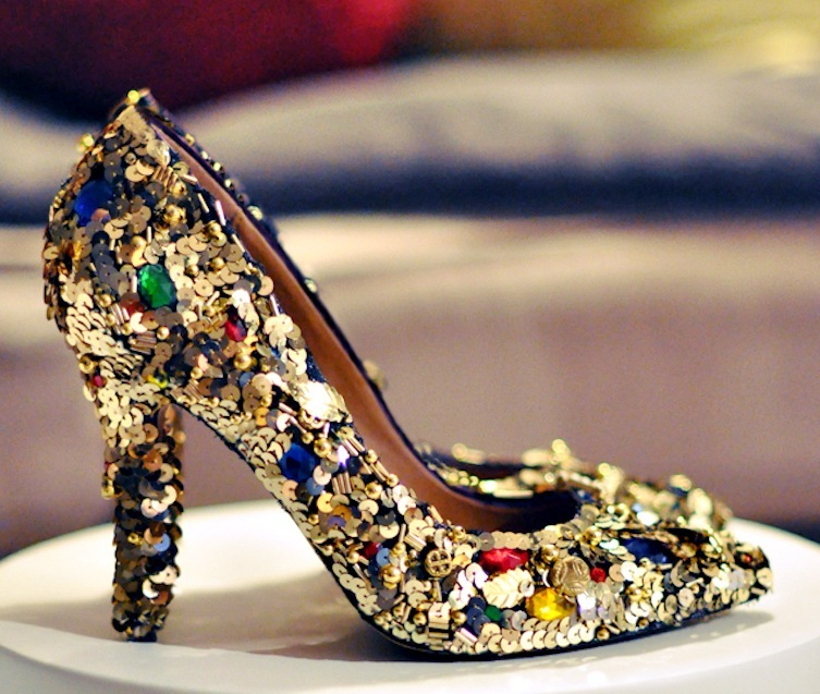 Gold-jewel-wedding-shoes-bridal-diy-project.full