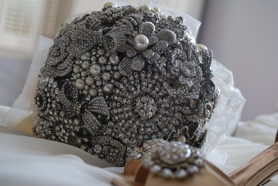 silver heirloom brooch bridal bouquet
