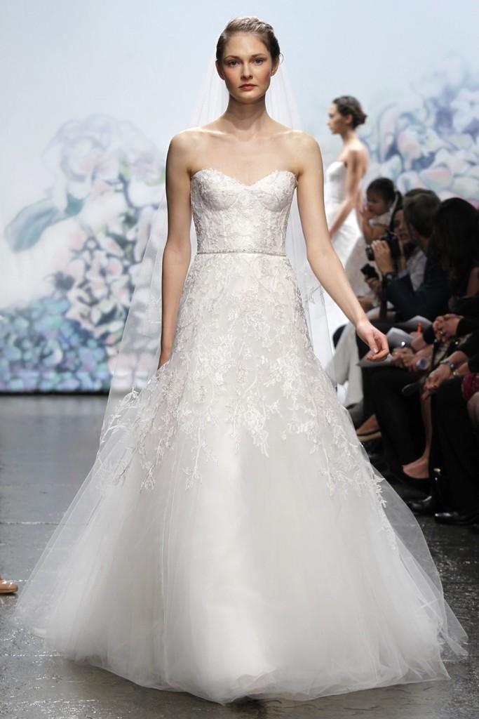 Wedding-dress-monique-lhullier-bridal-gowns-fall-2012-sentimental.full