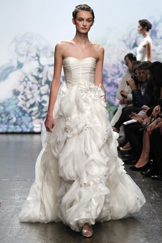 wedding dress monique lhullier bridal gowns fall 2012 bouquet
