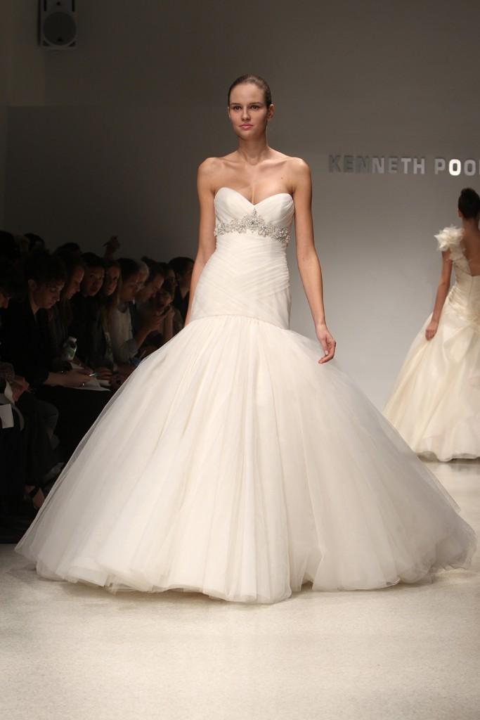 Wedding-dress-kenneth-pool-bridal-gowns-fall-2012-09.full
