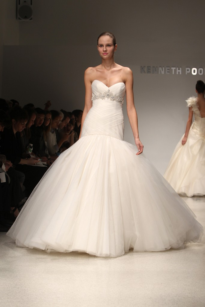 Wedding-dress-kenneth-pool-bridal-gowns-fall-2012-09.original
