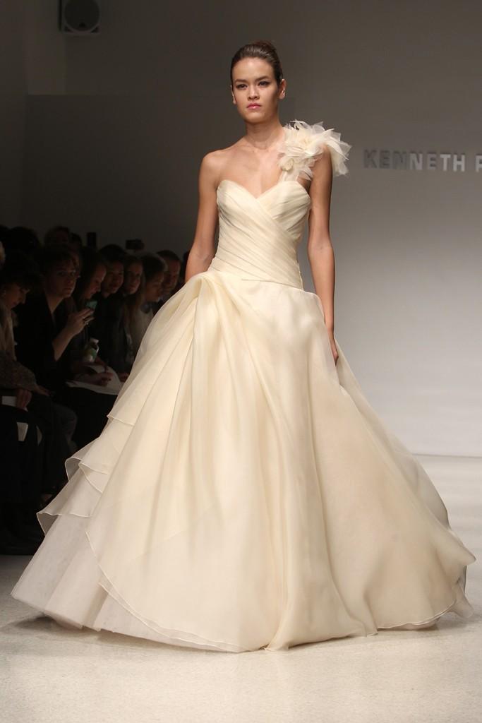 Wedding-dress-kenneth-pool-bridal-gowns-fall-2012-08.full