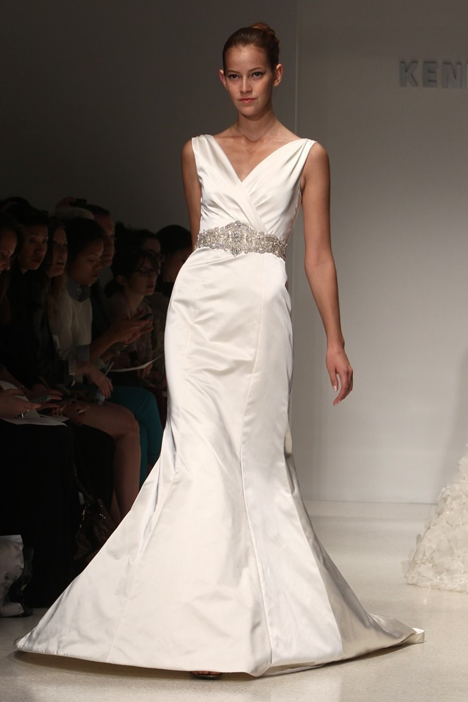 Wedding-dress-kenneth-pool-bridal-gowns-fall-2012-04.full